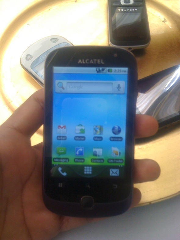 Alcatel One Touch 990 con Android