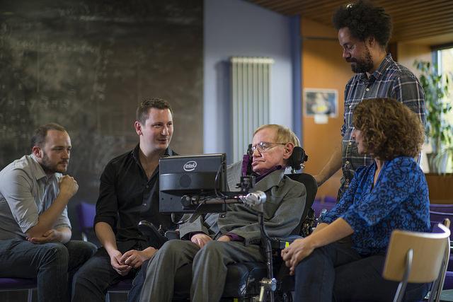 Intel Profesor Stephen Hawking